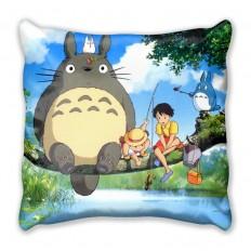 Подушка с главными героями аниме Мой сосед Тоторо